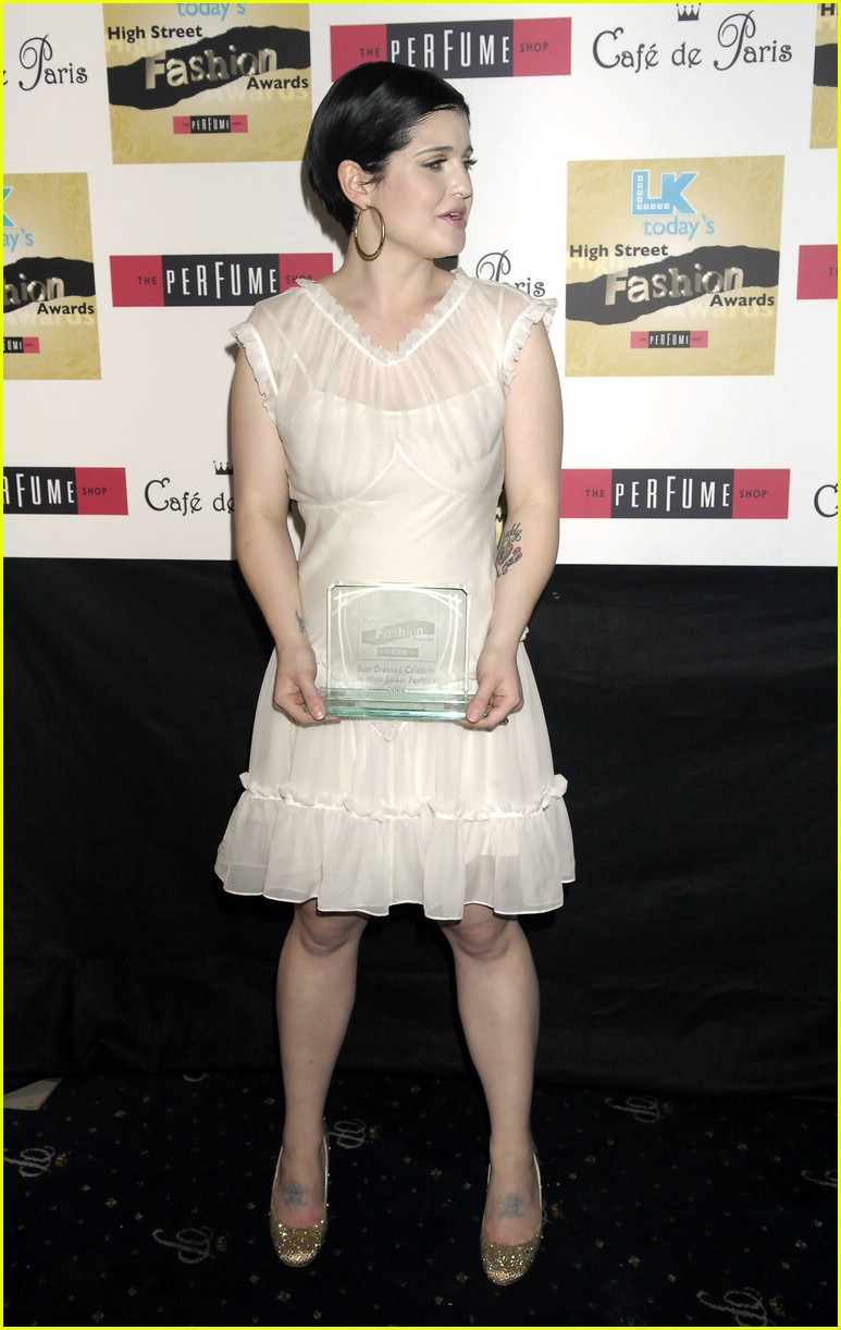 kelly osbourne high fashion 02