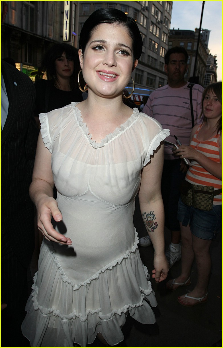 kelly osbourne high fashion 031125051