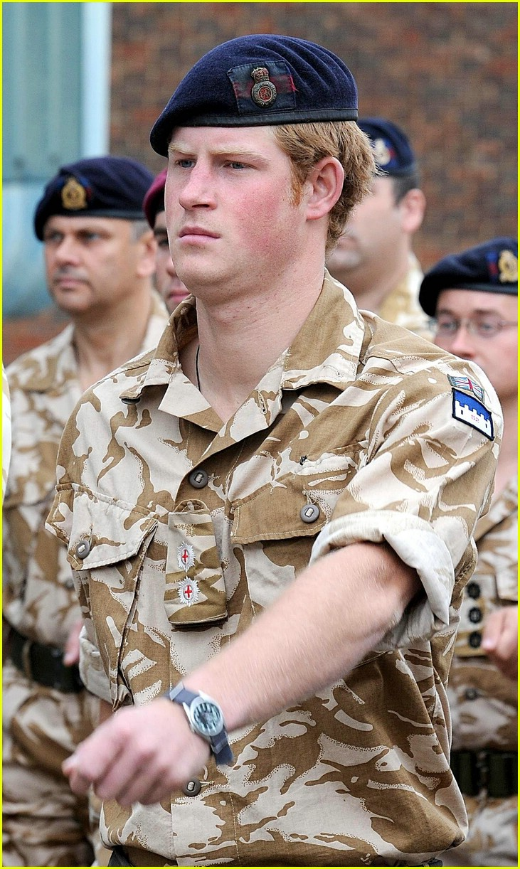 prince harry william medal 02