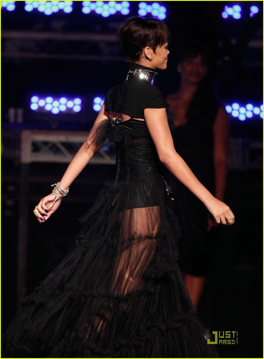 rihanna take a bow bet awards 2008 13