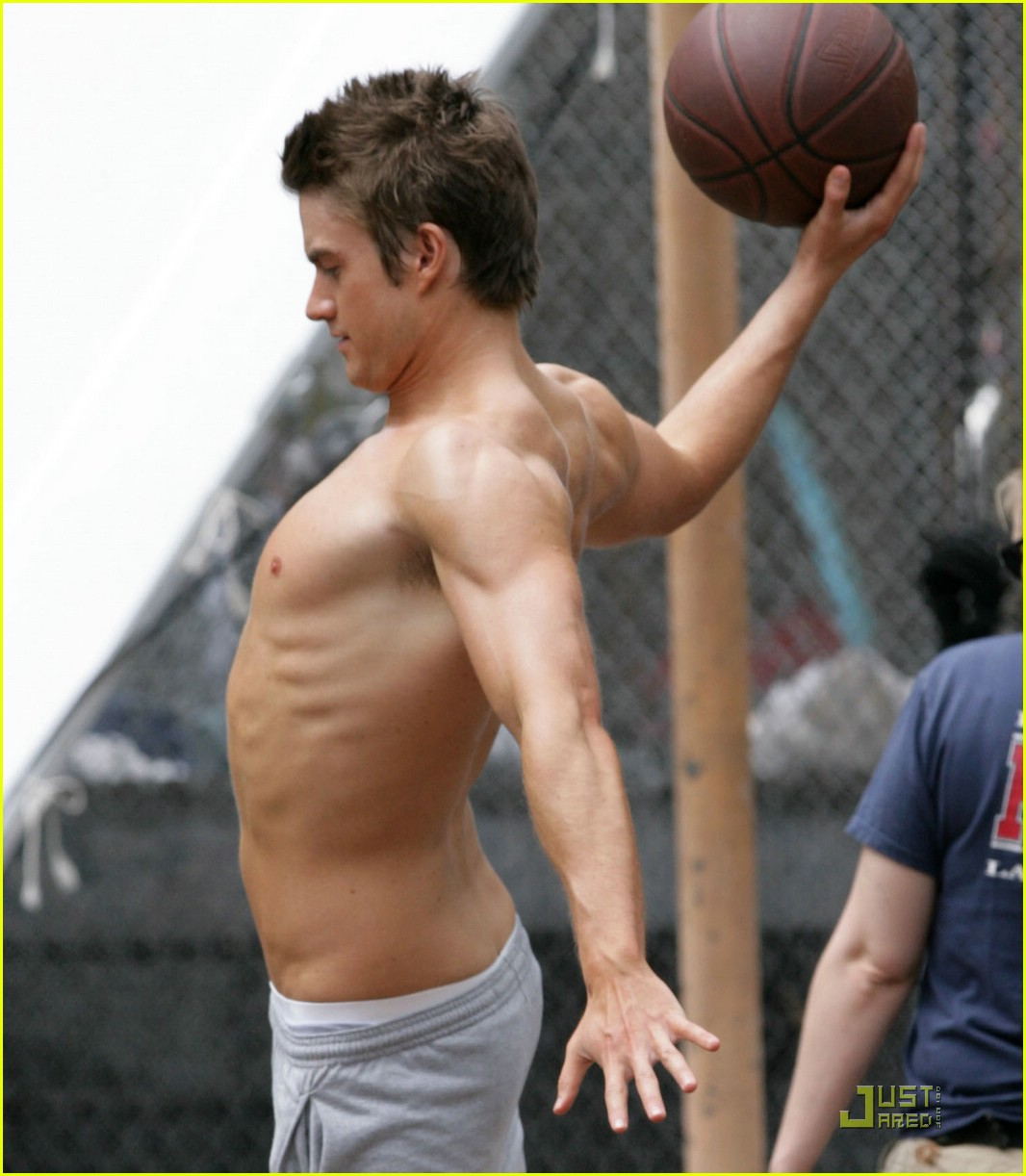 robert buckley hot 05