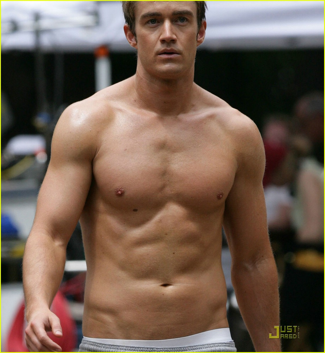 robert buckley hot 17