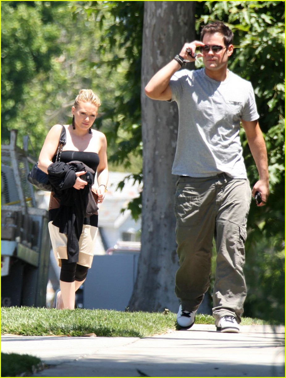 hilary duff bands brown 081202811
