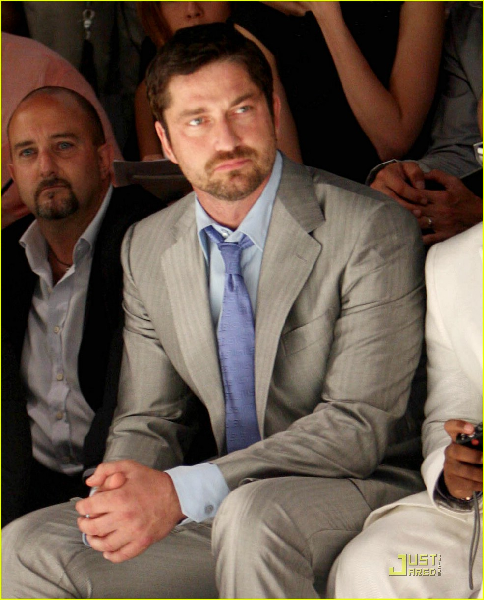 gerard butler versace 02