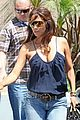 halle berry dentist 08