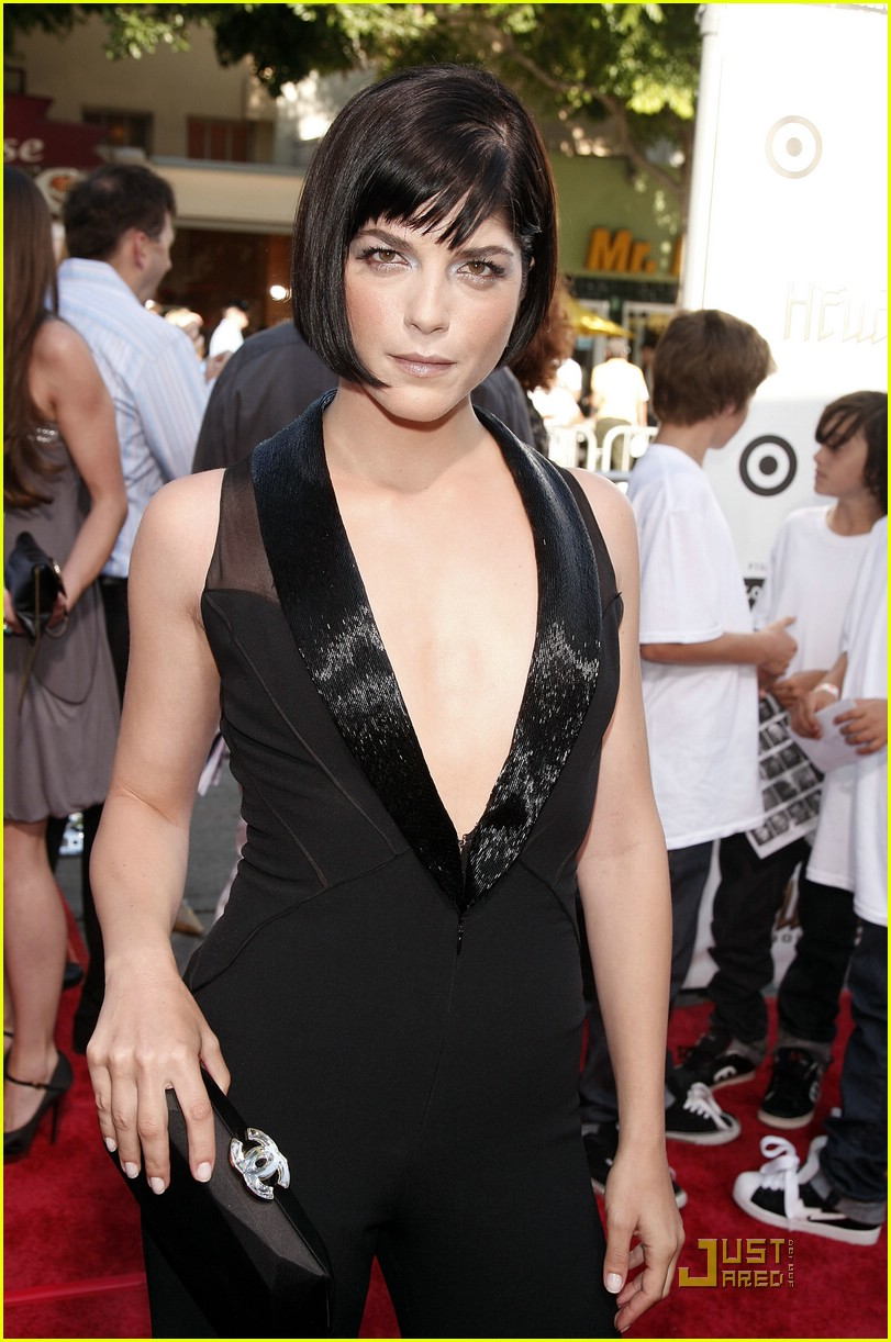 selma blair jumpsuit 031237051