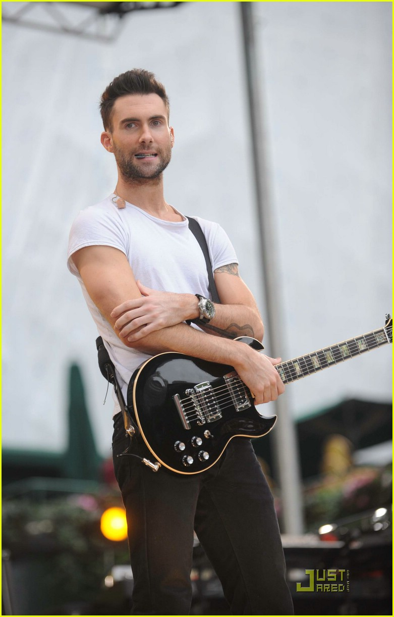 adam levine good morning america 16
