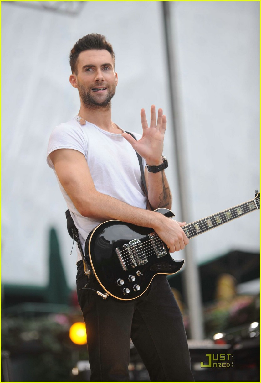 adam levine good morning america 18