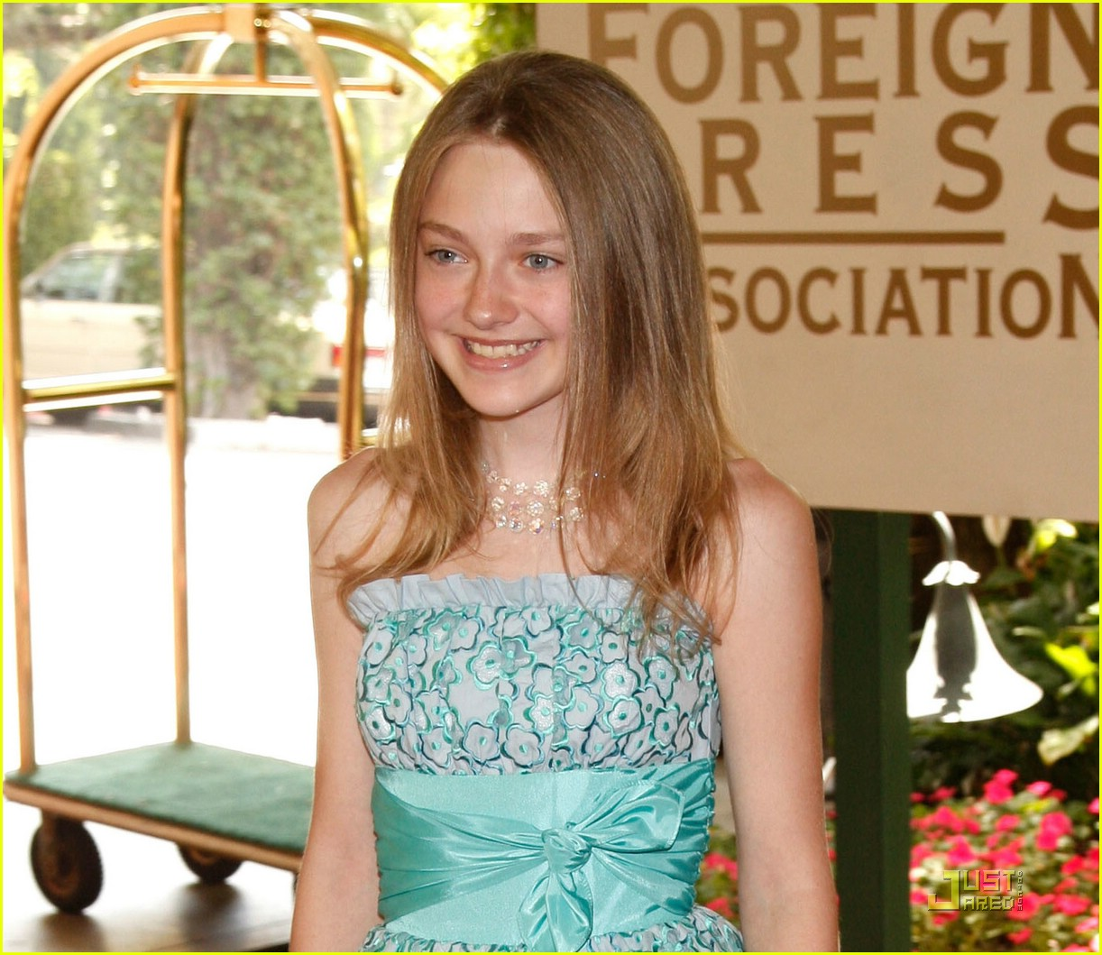 dakota fanning all grown up 09