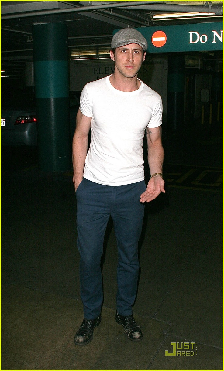 ryan gosling new girlfriend 051251931