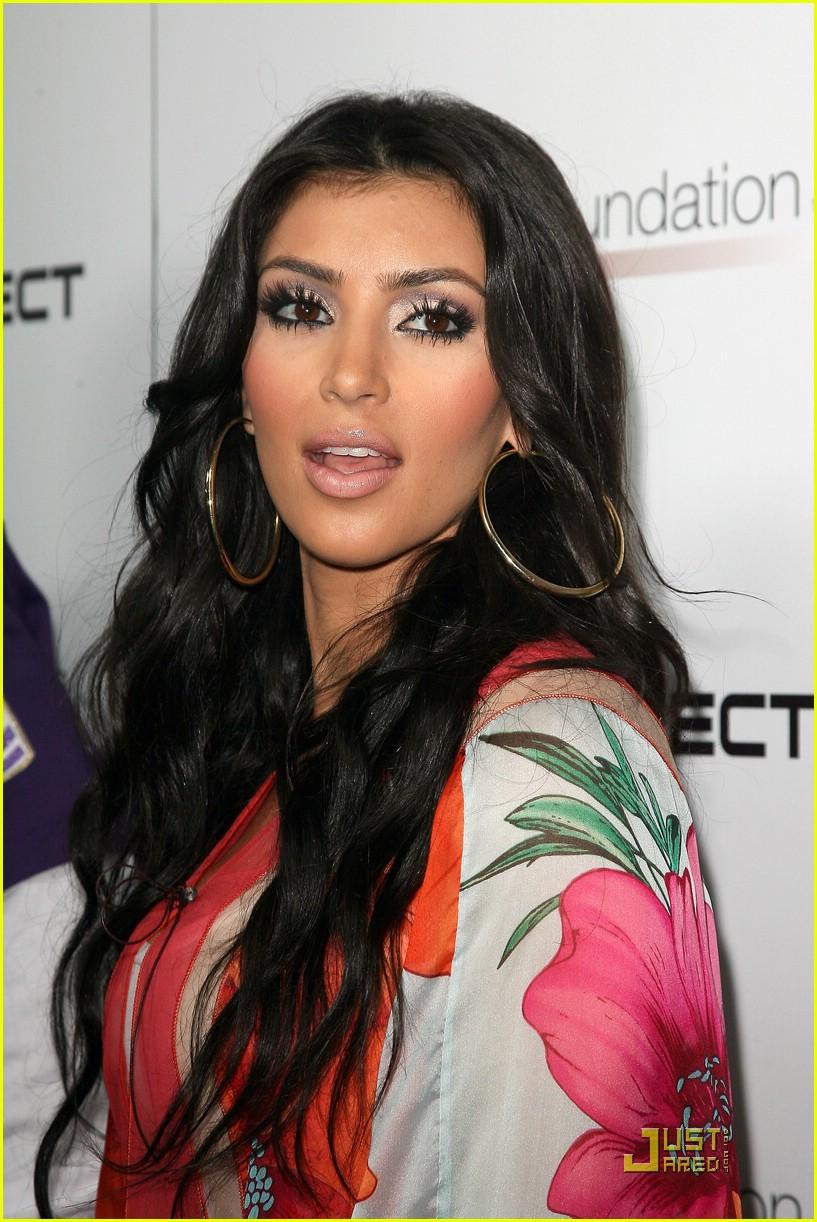 kim kardashian celebrity bowling 221282551