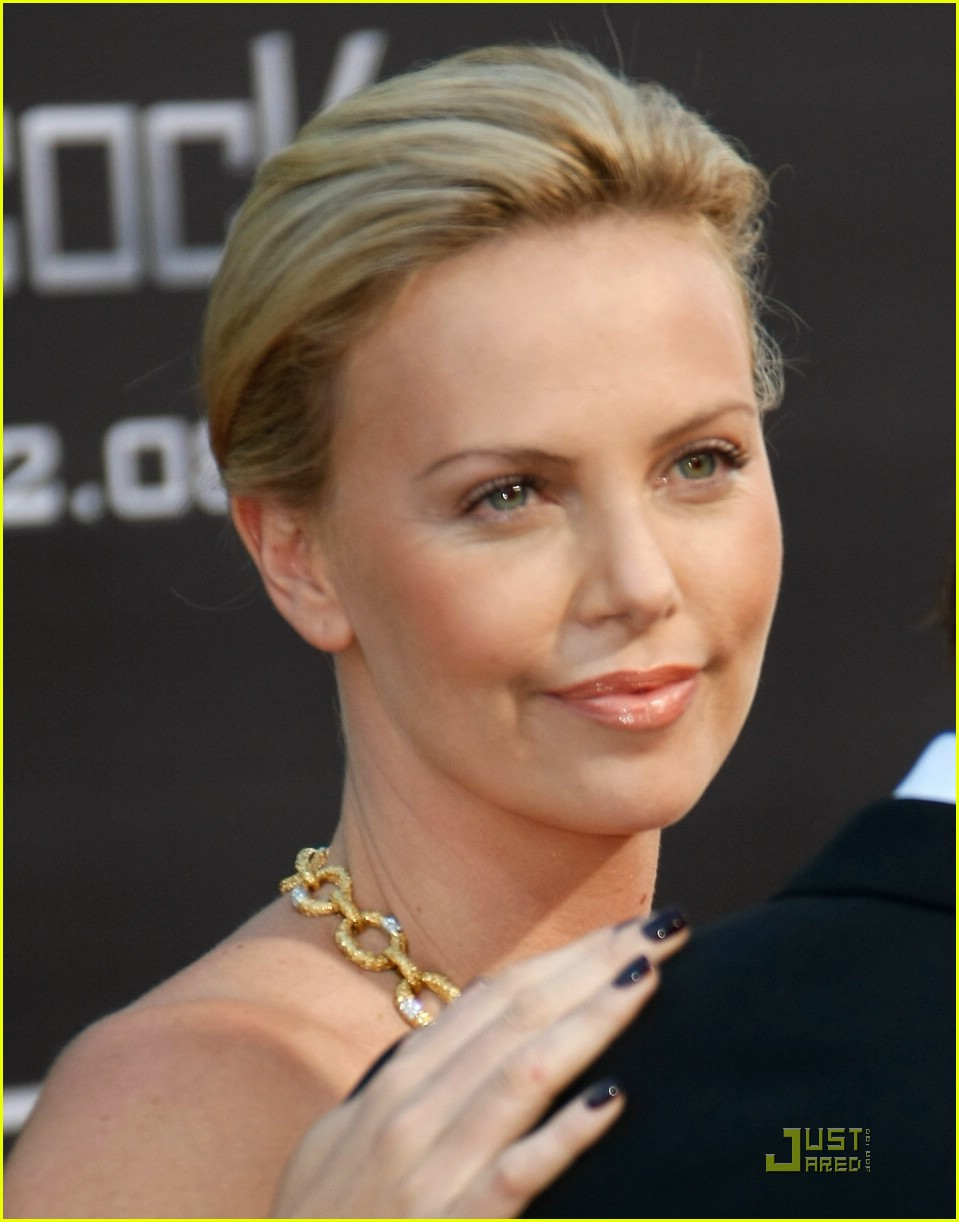 charlize theron hancock hollywood premiere 13