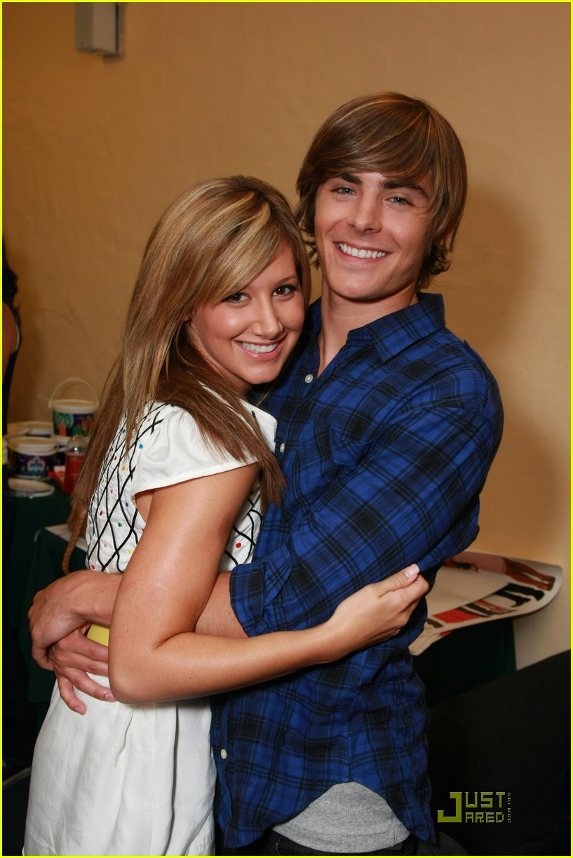 zac efron ashley tisdale keep close 08