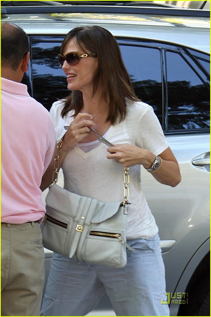 jennifer garner run 021362291