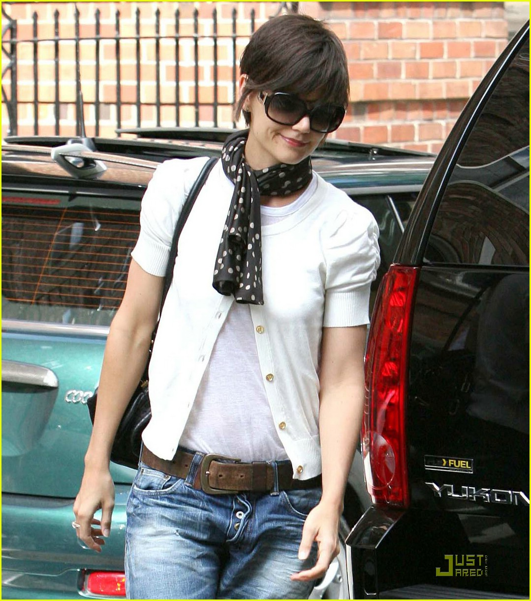 katie holmes rolled up jeans 051319911
