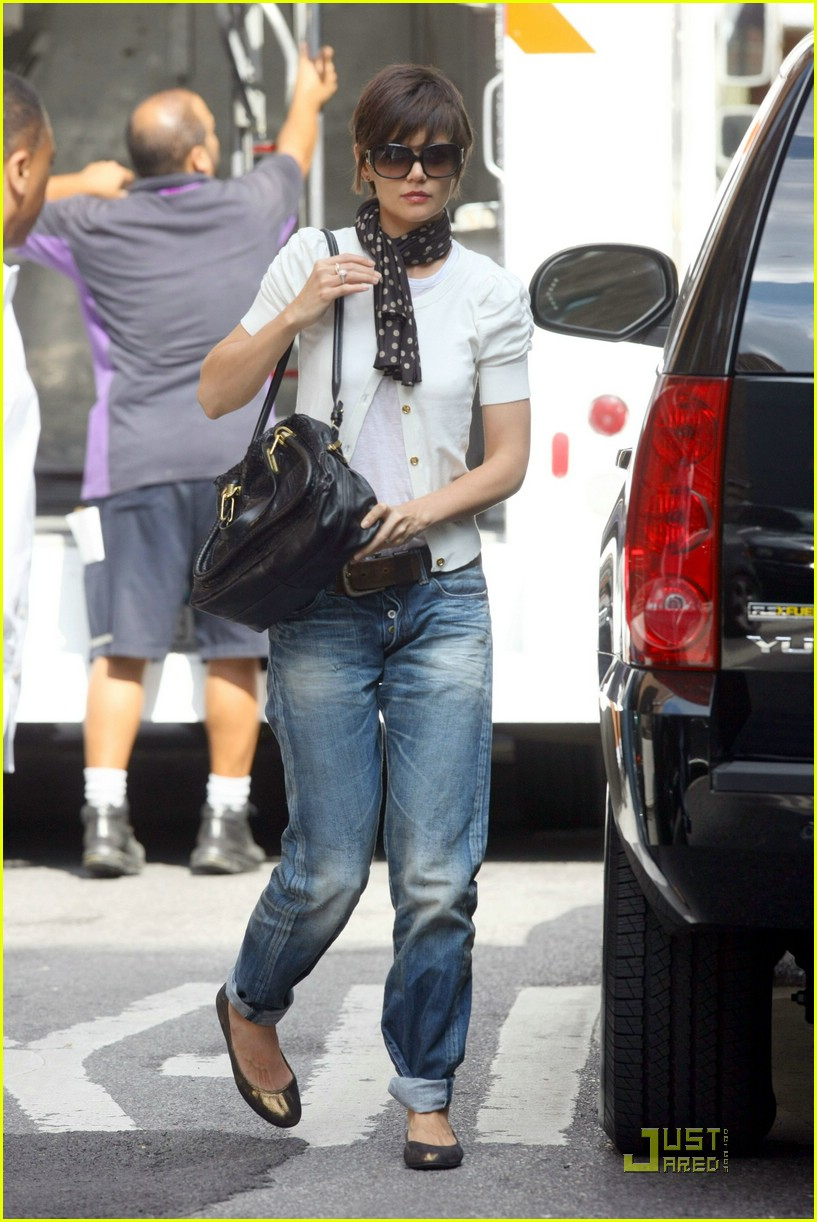 katie holmes rolled up jeans 061319921