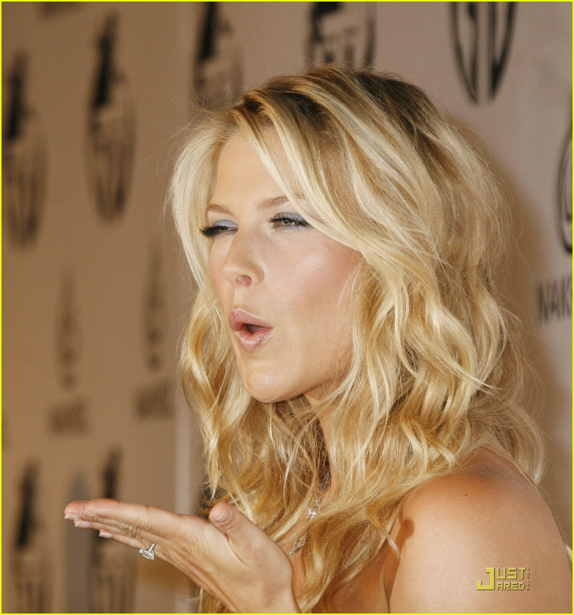 5cafe4c5bf Full Sized Photo of ali larter obsessed beyonce 09   Photo 1365821 ...