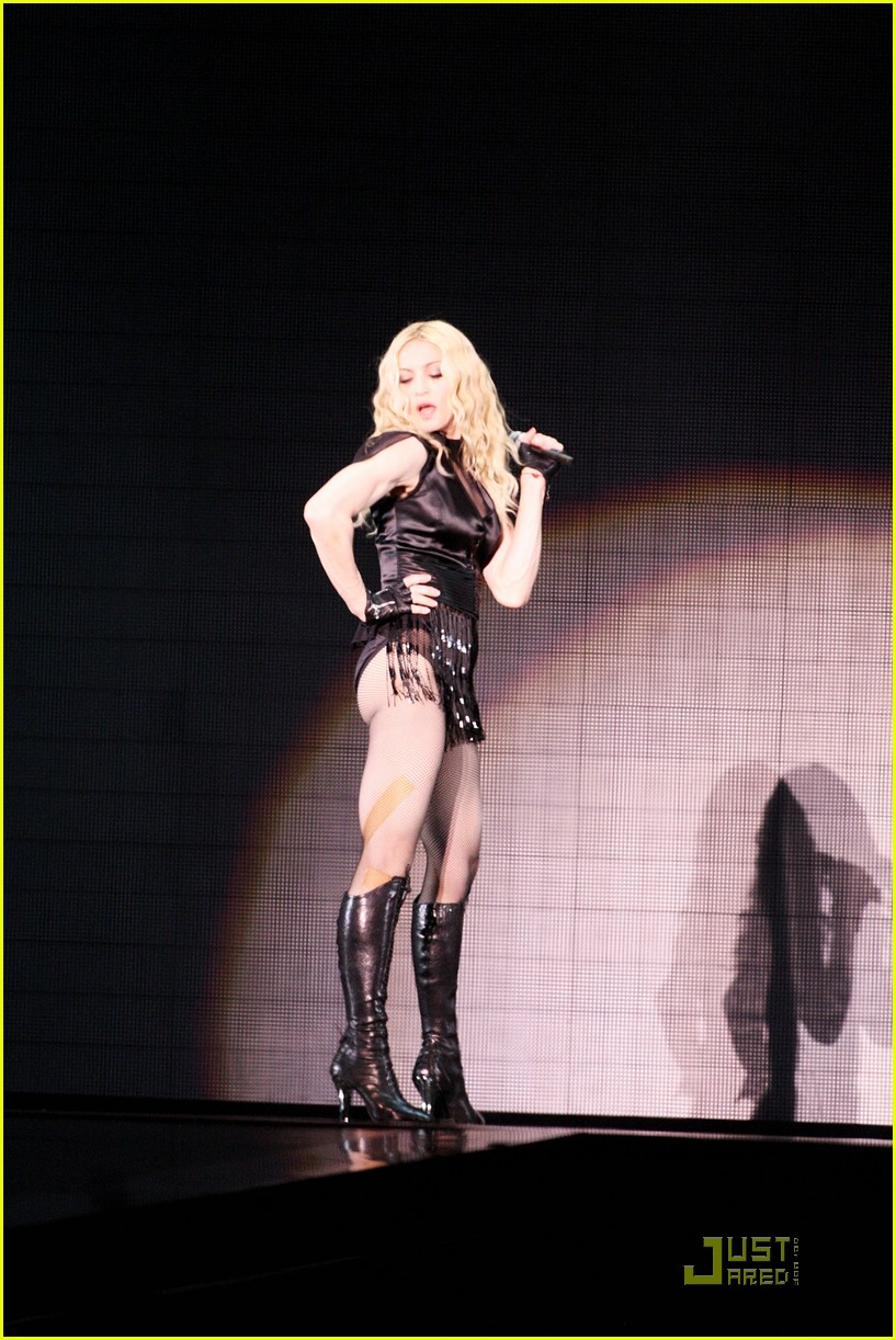 madonna sticky and sweet tour pictures 46