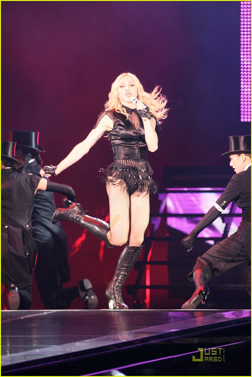 madonna sticky and sweet tour pictures 66