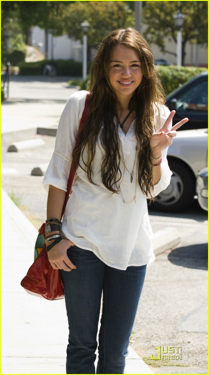 miley cyrus passport renewal 06