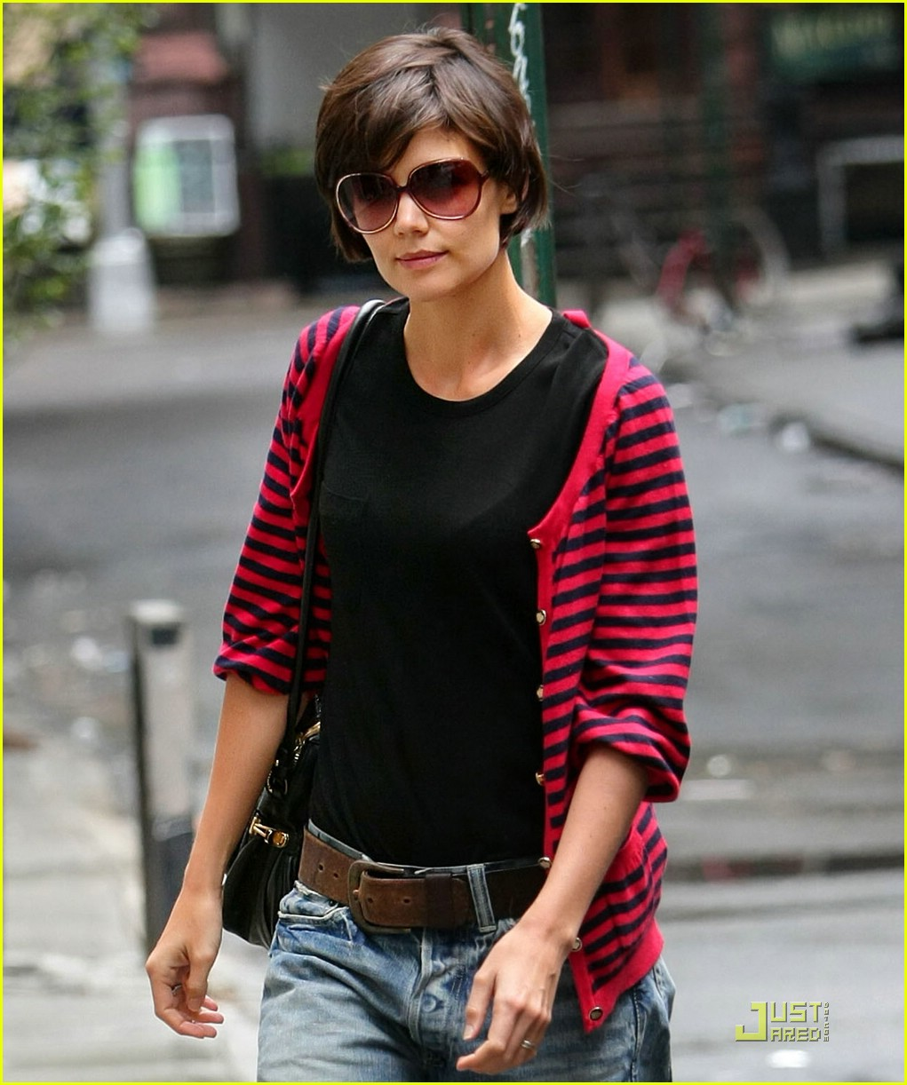katie holmes pegged jeans 01