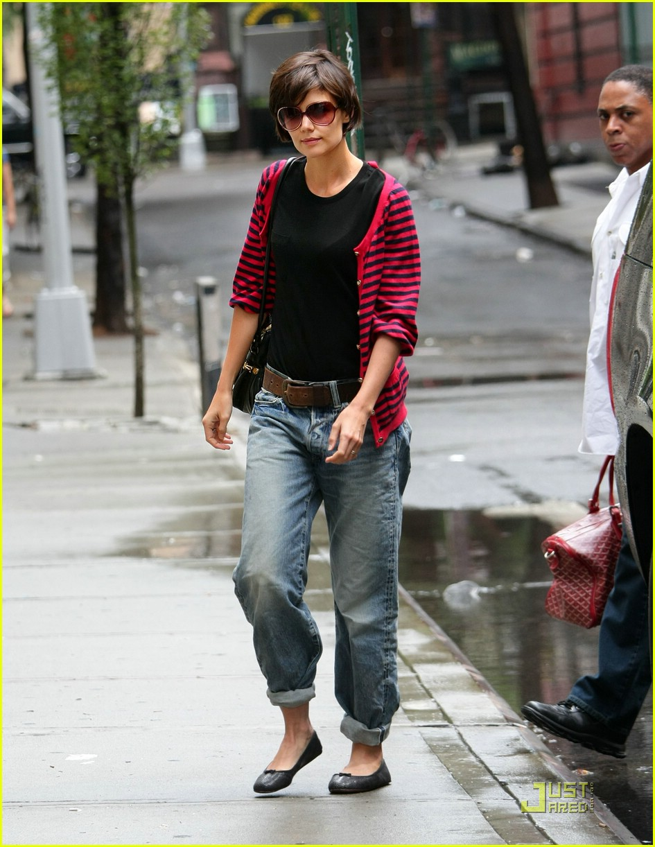katie holmes pegged jeans 15