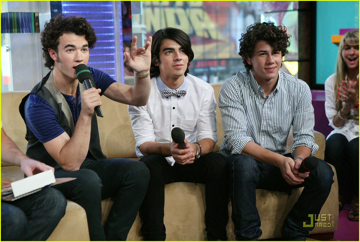 taylor swift jonas brothers 15