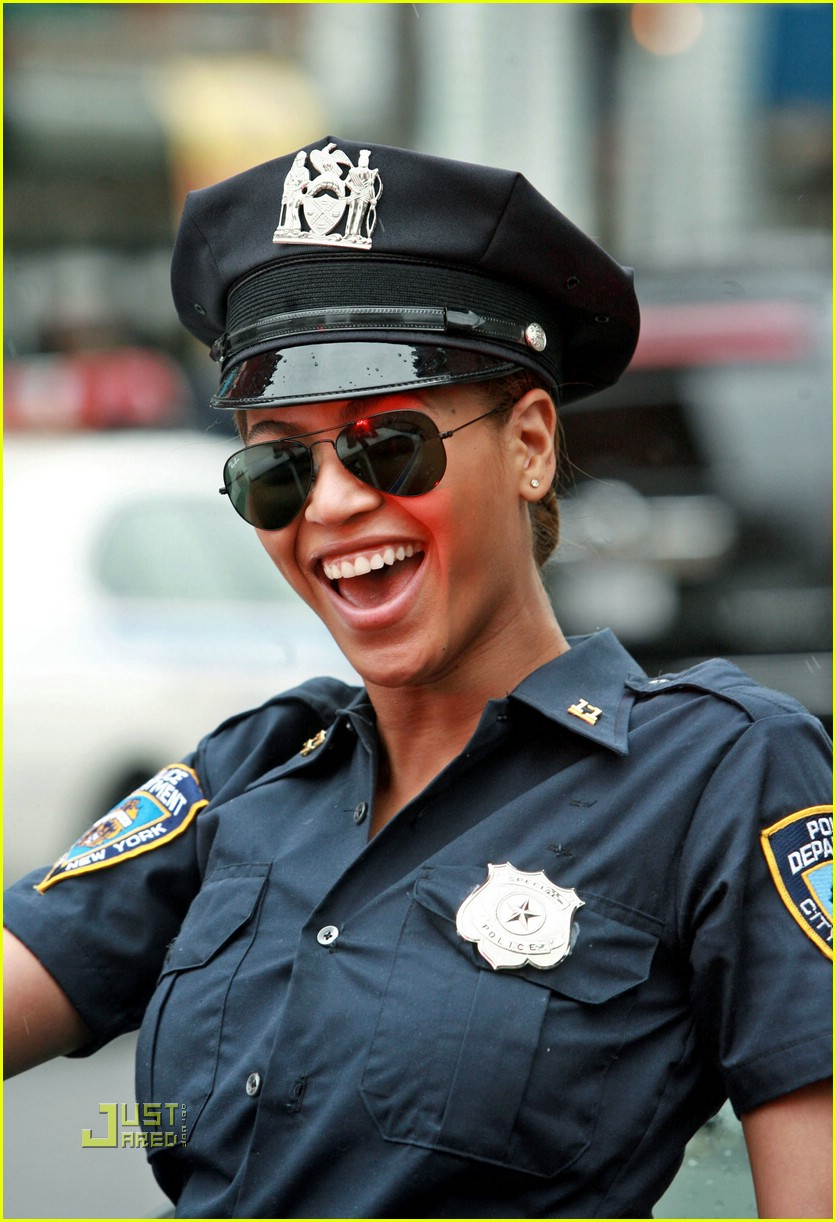 beyonce police officer 061426061