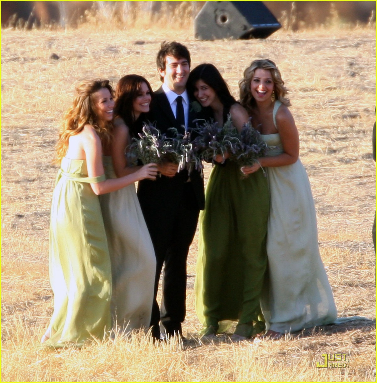 rachel bilson bridesmaid 011433051