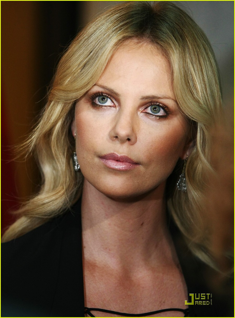 charlize theron battle in seattle beverly hills 02