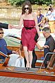 anne hathaway water taxi tasty 38