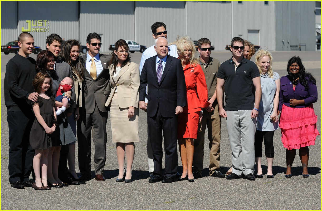 http://cdn02.cdn.justjared.com/wp-content/uploads/2008/09/johnston-mccain/levi-johnston-john-mccain-bristol-palin-04.jpg