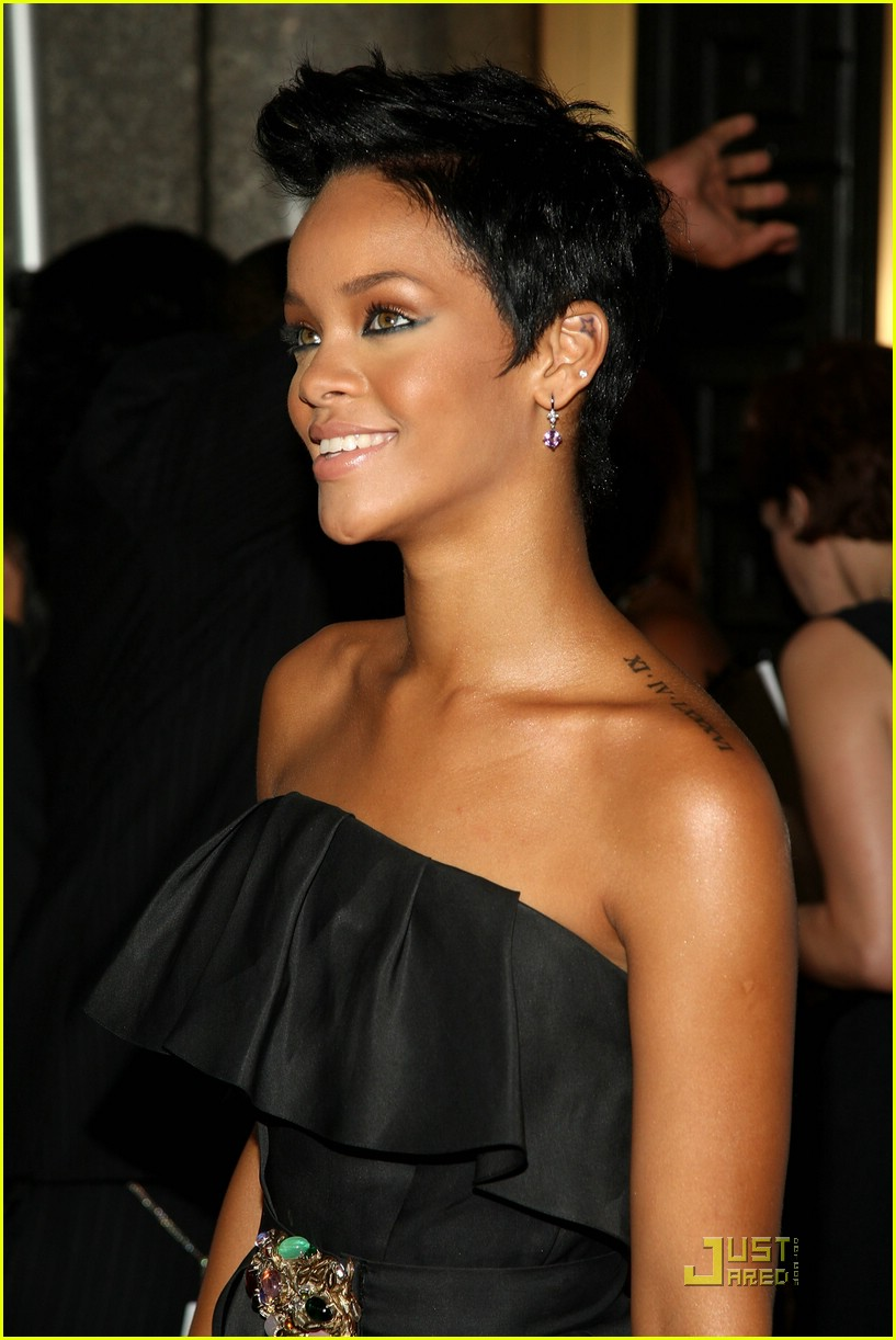 full sized photo of rihanna fashion rocks 2008 03 photo