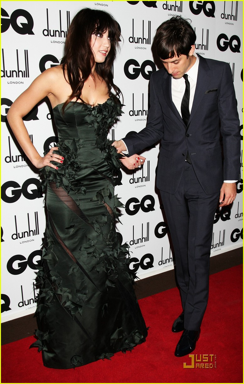 mark ronson daily lowe gq awards 011388671