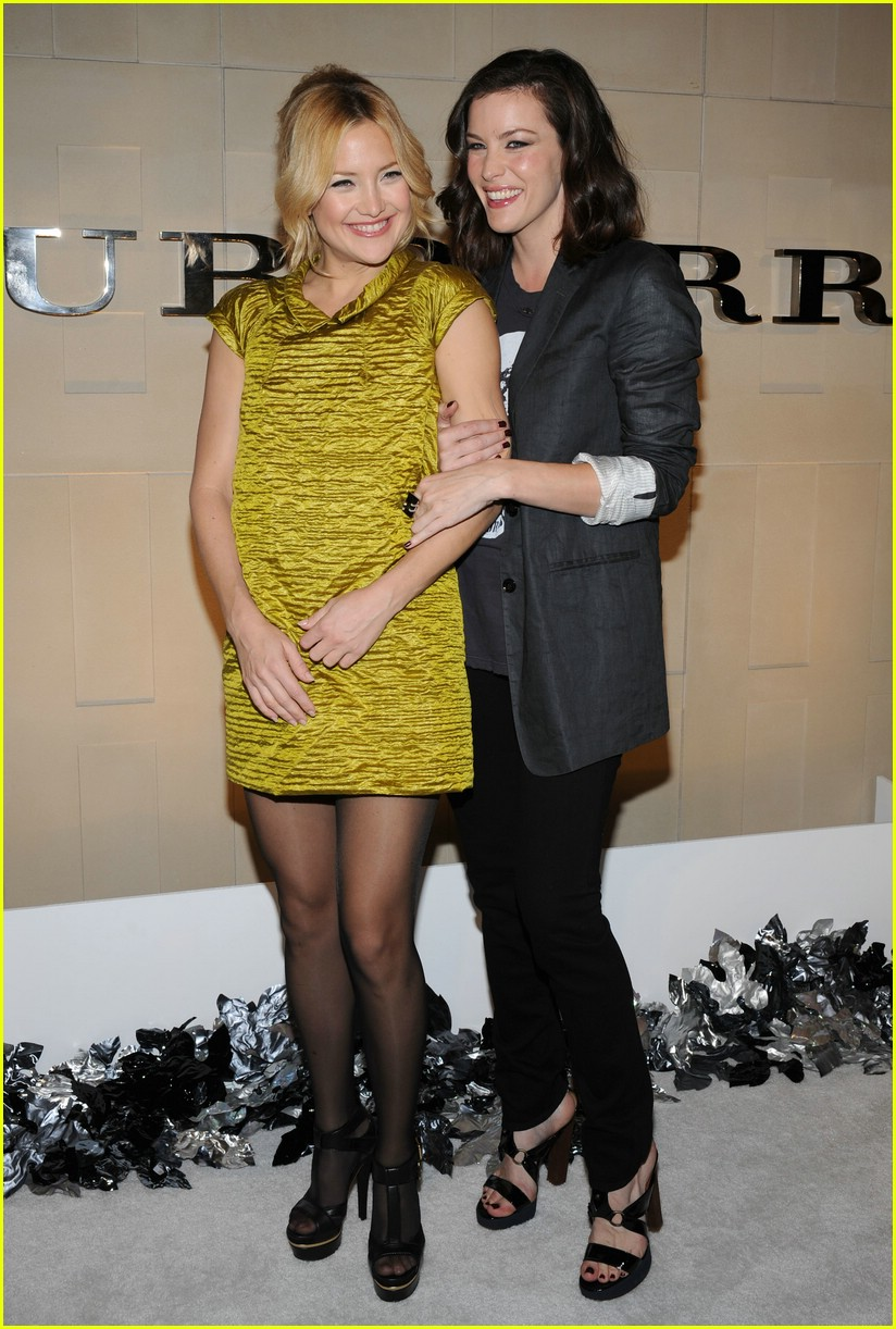 Full Sized Photo of ka... Kate Hudson