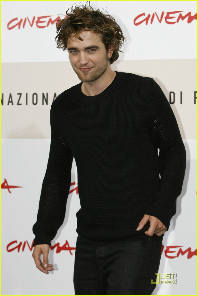 robert pattinson red hot rome 07