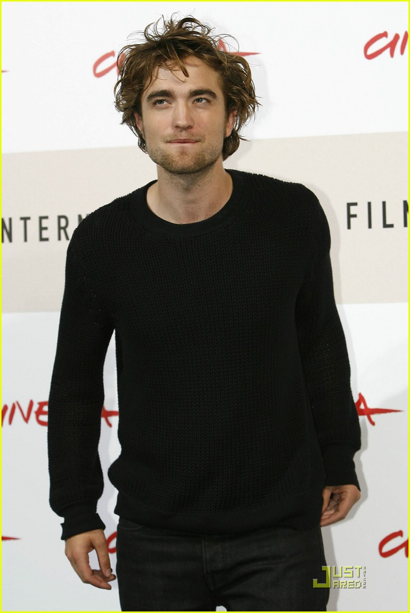 robert pattinson red hot rome 09
