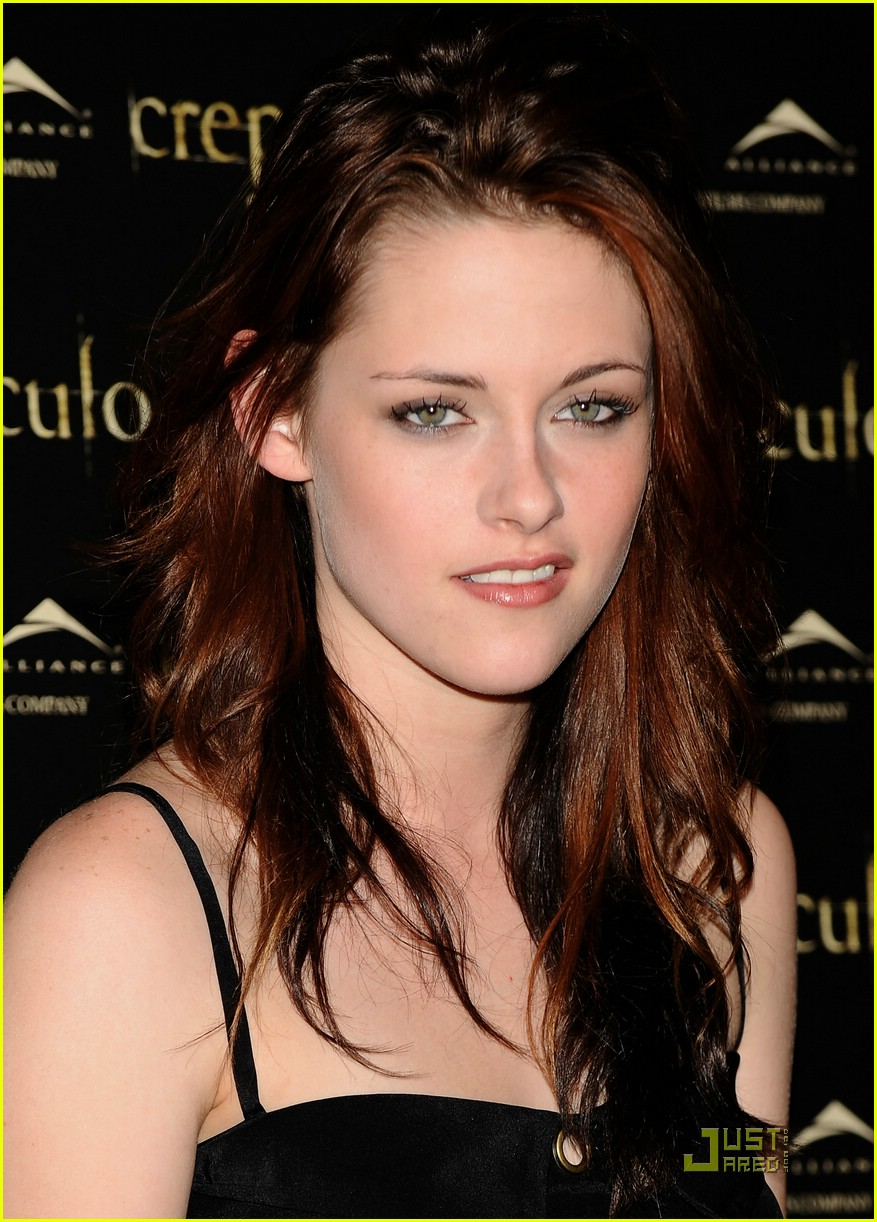 kristen cam madrid twilight 25