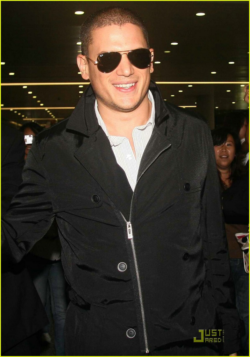 wentworth miller shangai china 02