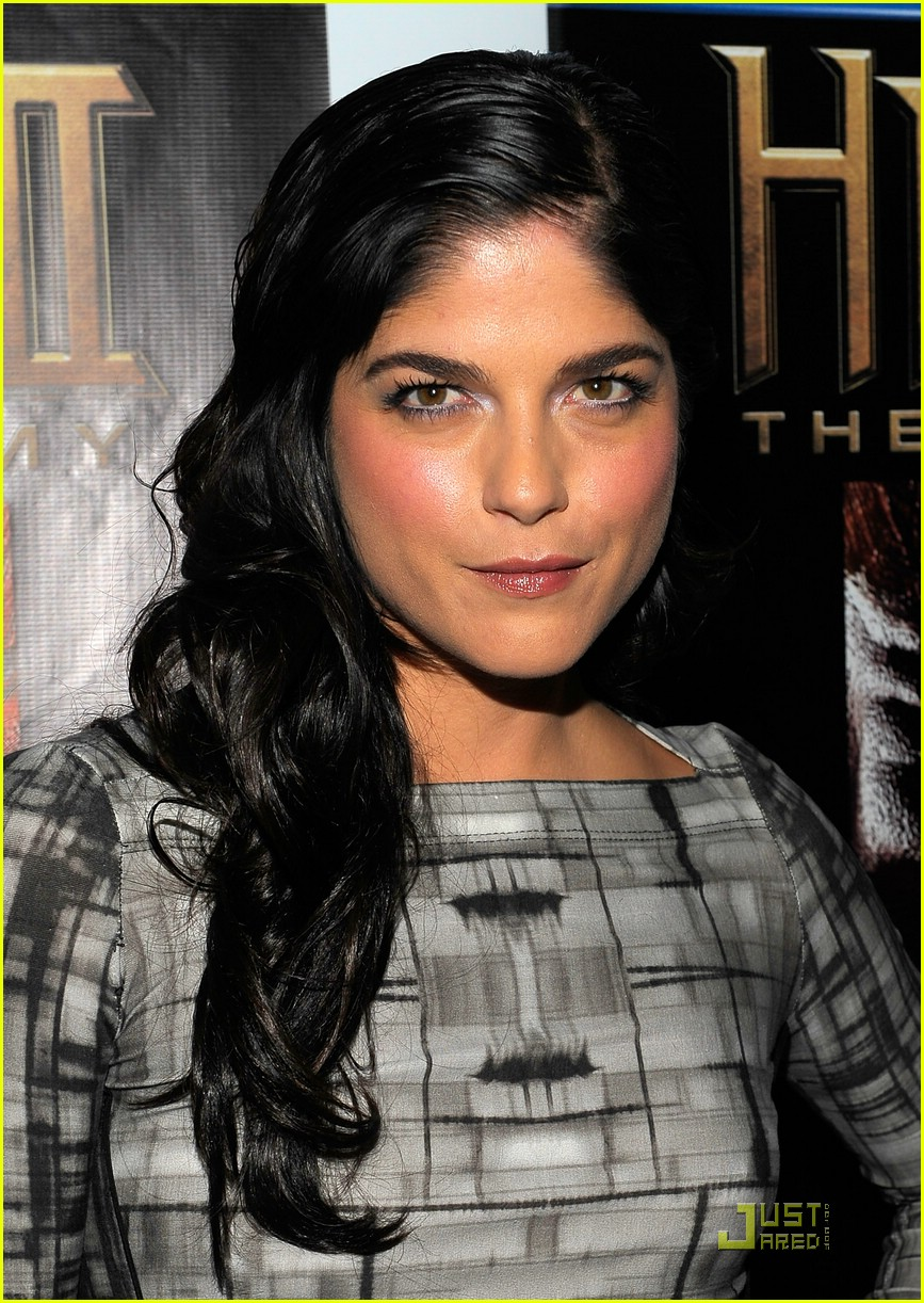 selma blair hellboy 2 24