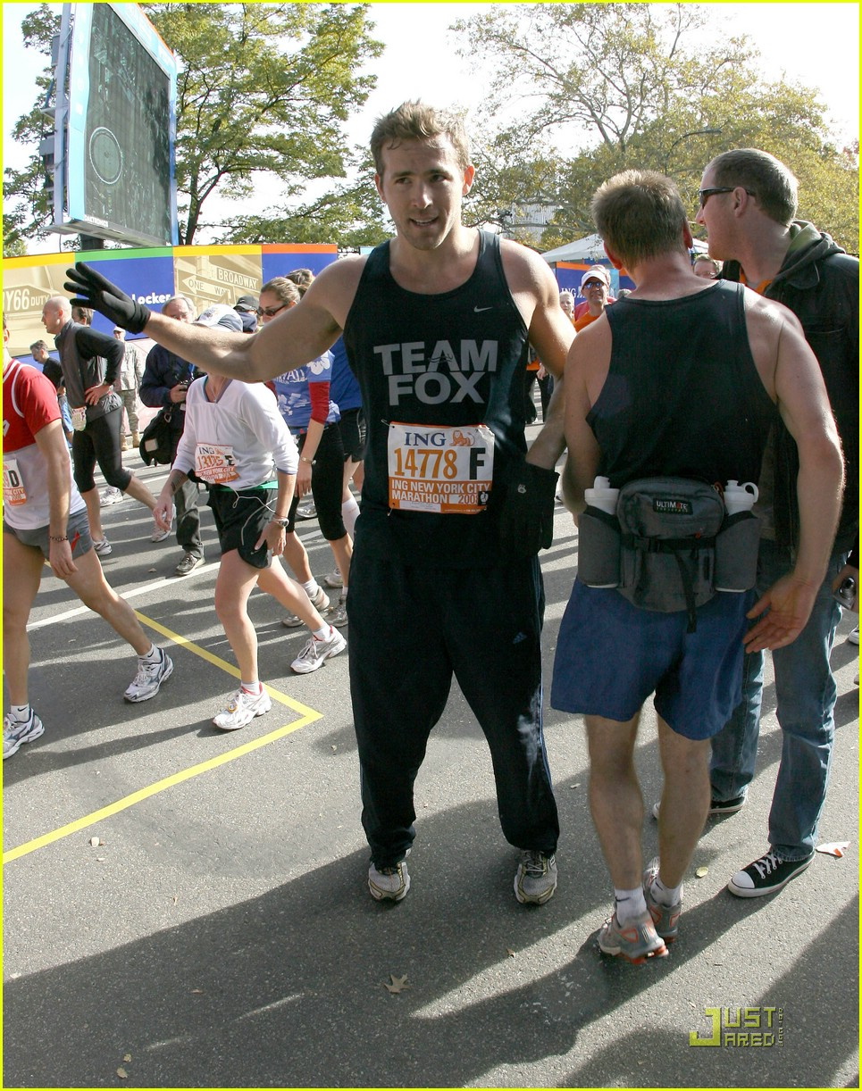 ryan reynolds nyc marathon 021522031