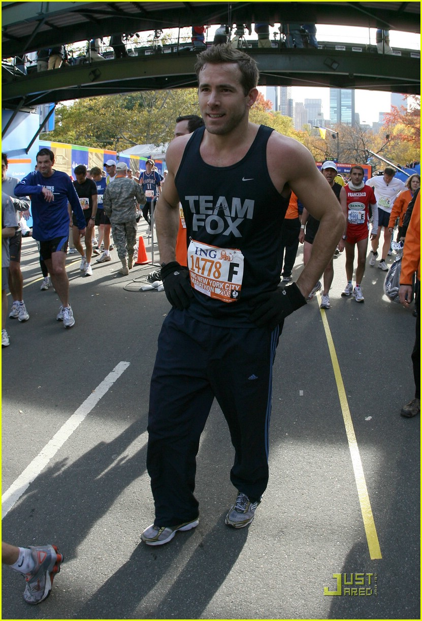 ryan reynolds nyc marathon 05