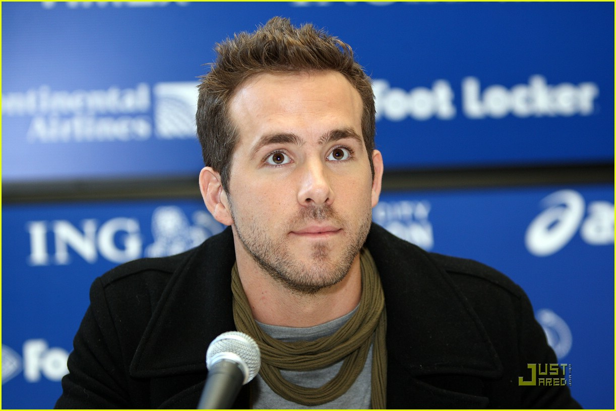 ryan reynolds nyc marathon 22