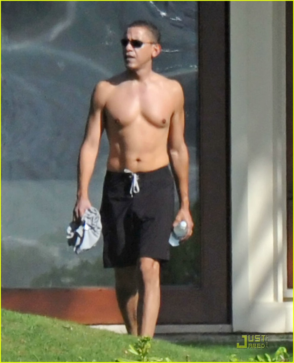 barack obama shirtless 011611171