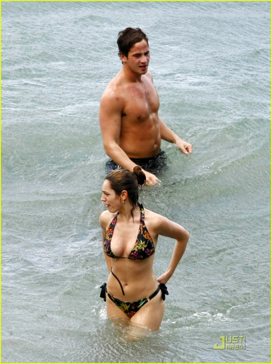 kelly brook danny cipriani caribbean 081624471