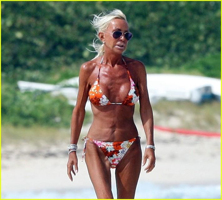 donatella versace bikini 07