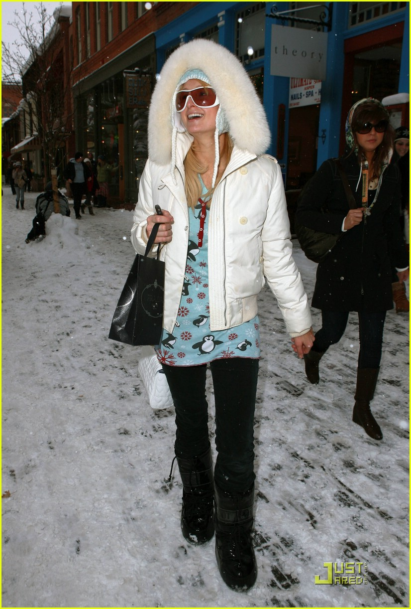 paris hilton aspen christmas 46