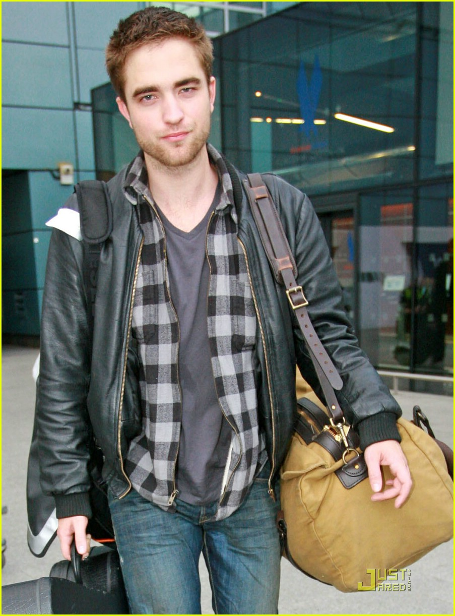 robert pattinson short hair cut 09