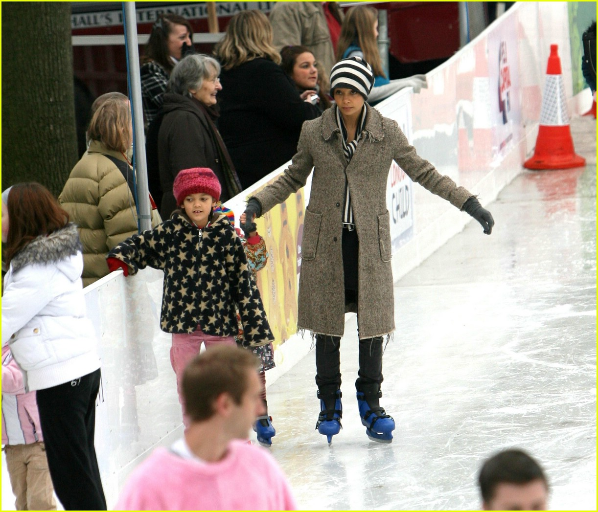 thandie newton ice skating 14