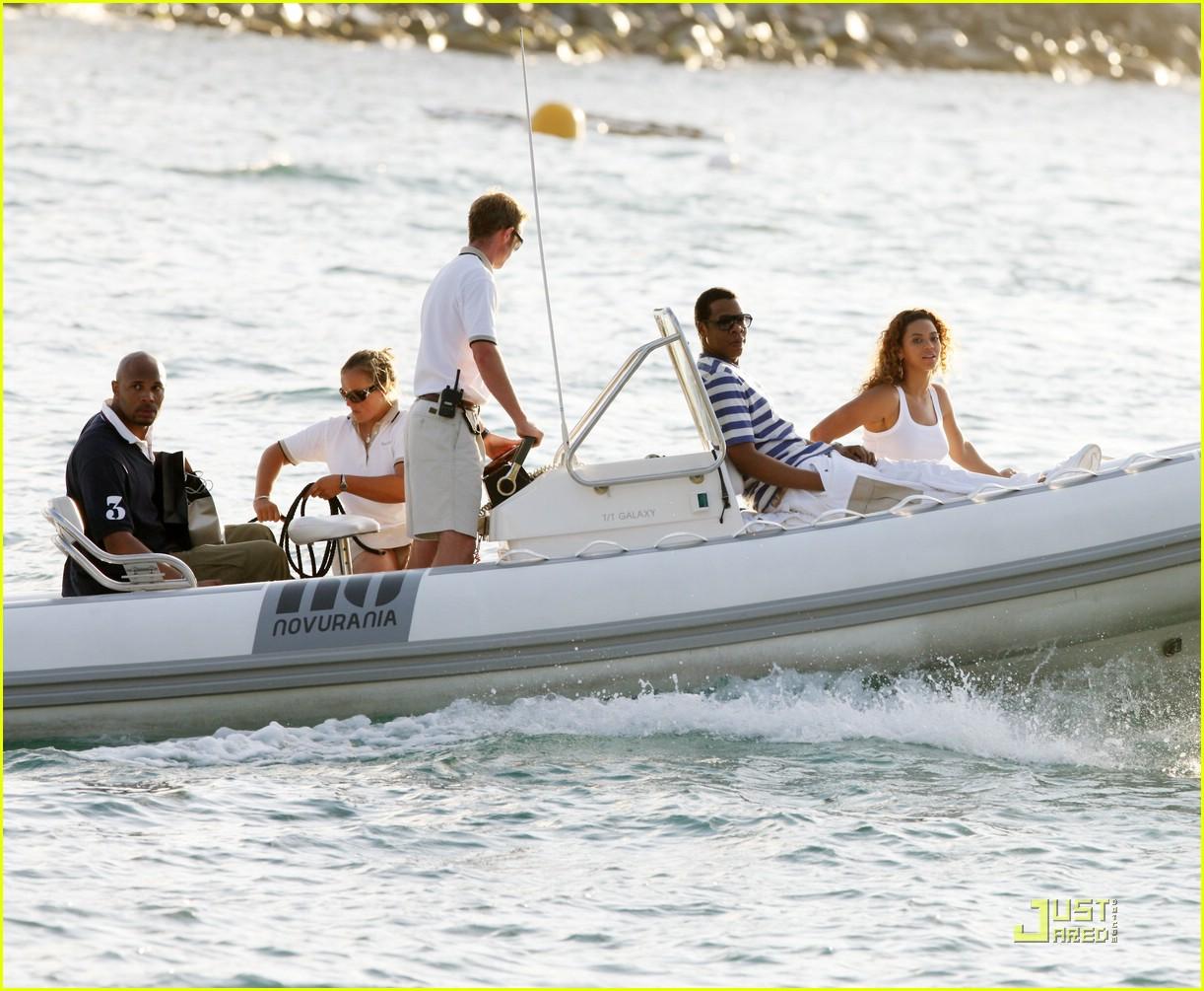 beyonce jay z st barts boating 021625141